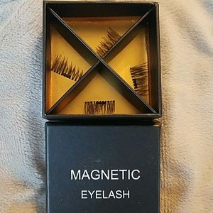Other - 💕Free💕 with $50 purchase Magnetic eyelashes